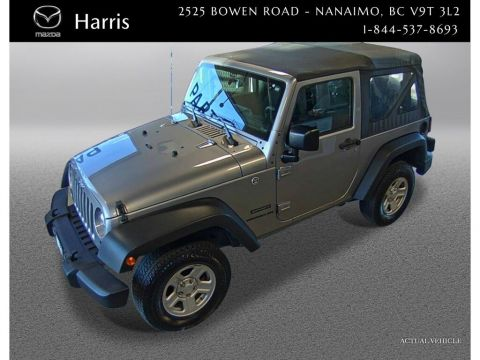 2017 Jeep Wrangler Manual Trans  4x4 the true back woods beast
