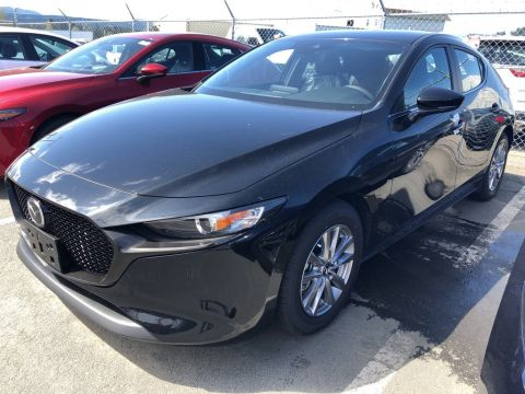 2019 Mazda Mazda3 Sport GS With HEATED seats & 18 Alloy wheels